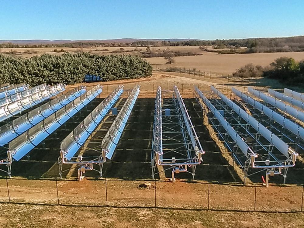Champ solaire à concentration Helioclim pour linkedin